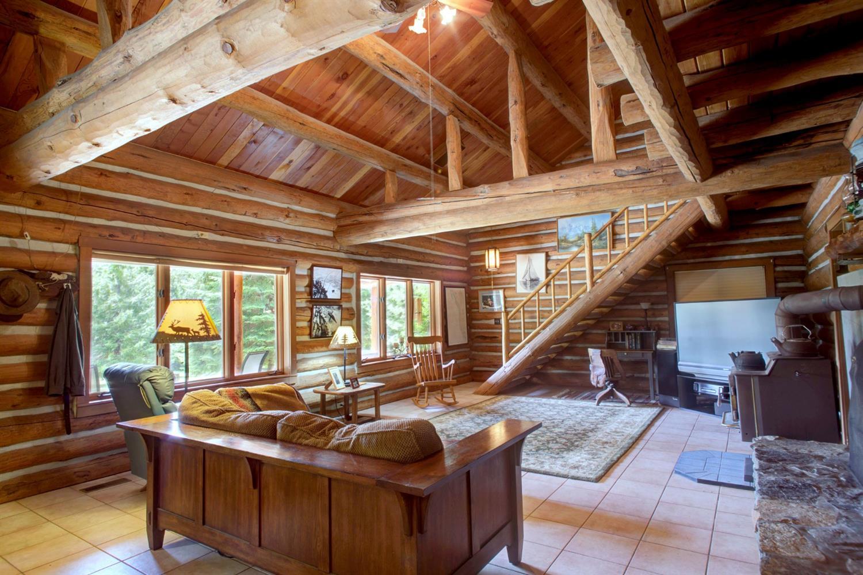 Illinois Valley Real Estate
