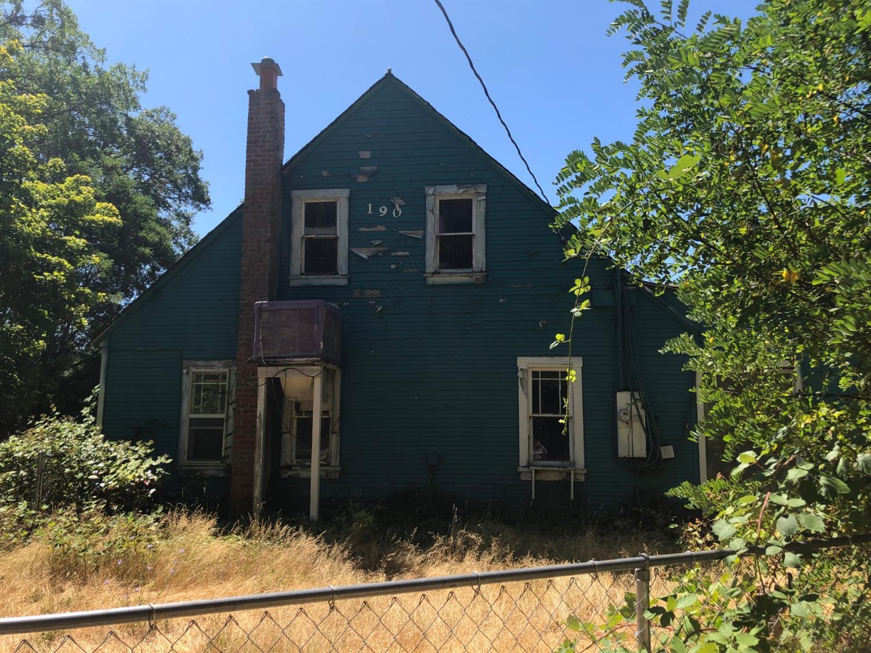 Illinois Valley Real Estate on